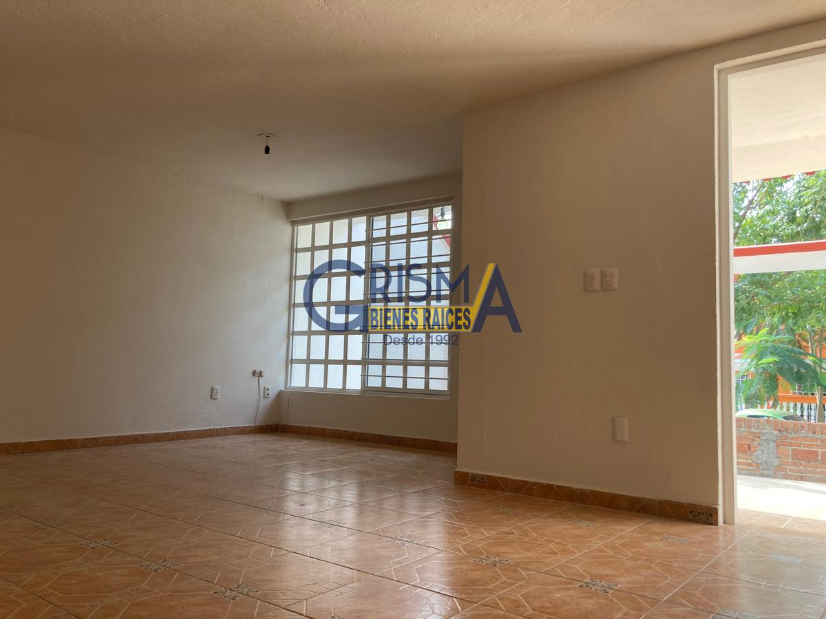 Foto Casa en Venta en  Tenechaco INFONAVIT,  Tuxpan  CASA REMODELADA INFONAVIT TENECHACO