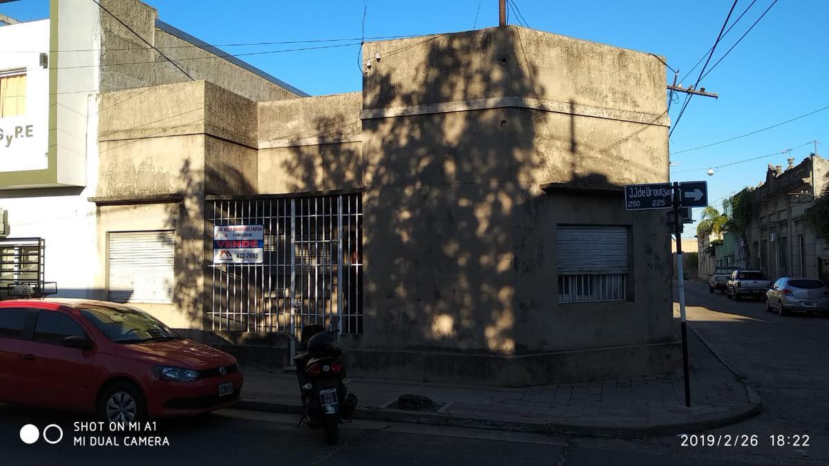 Foto Casa en Venta en  Concordia ,  Entre Rios  Urquiza N°235