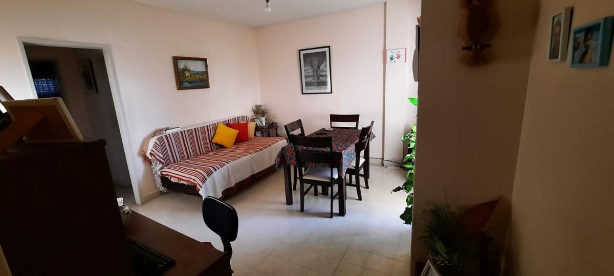 Foto Departamento en Venta en  Neuquen,  Confluencia   Av. Argentina 16/24, 7 piso
