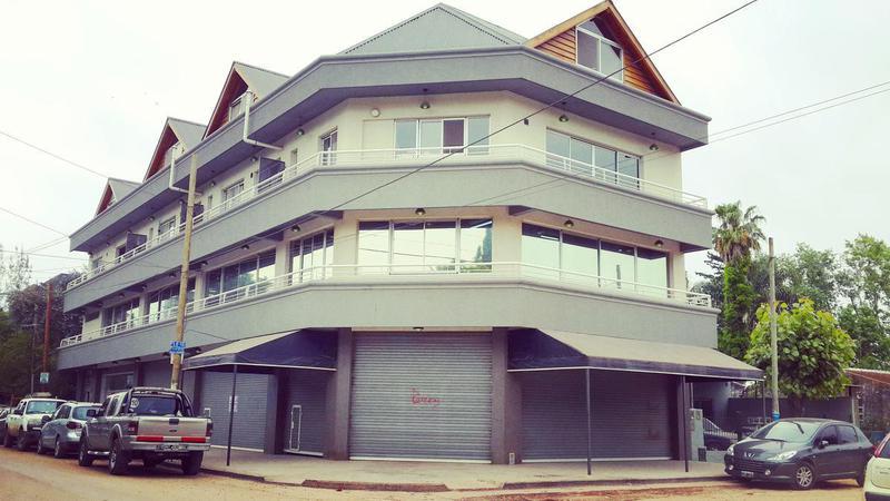 Foto Local en Alquiler en  Ingeniero Maschwitz,  Escobar  Patricios y Santiago del Estero. Local 2