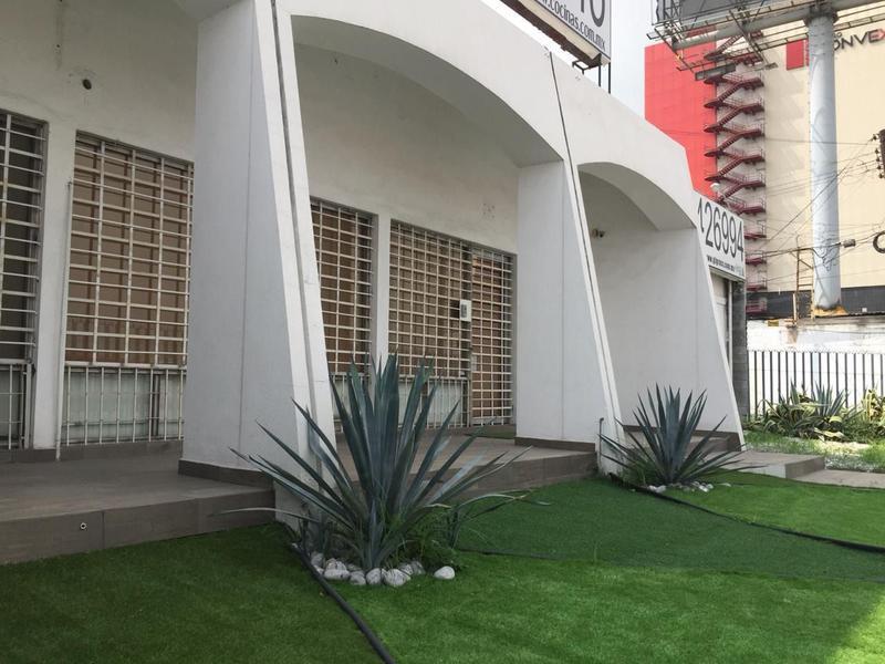 Foto Edificio Comercial en Venta en  Pío X,  Monterrey  EDIFICIO EN VENTA AVENIDA MORONES PRIETO LOMA LARGA MONTERREY NL