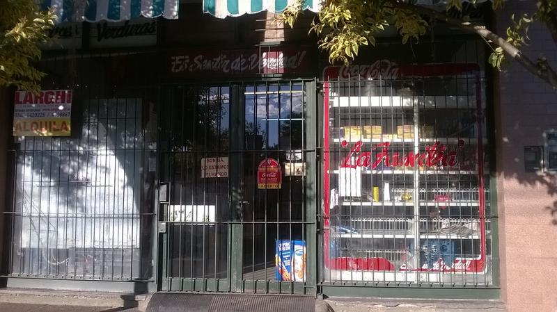 Foto Local en Alquiler en  Belen De Escobar,  Escobar  Gelvez 153