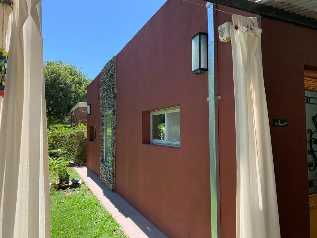Foto Casa en Venta en  Roldan,  San Lorenzo  Santa Lucia al 200