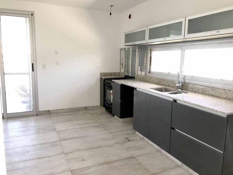 Foto Casa en Venta en  Ceibos,  Puertos del Lago  BARRIO CEIBOS - PUERTOS - ESCOBAR