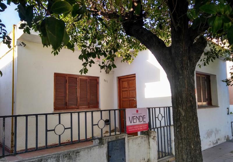 Foto Casa en Venta en  Alta Gracia,  Santa Maria  Bº Sur - Casita a cinco cuadras del Becerra (centro)