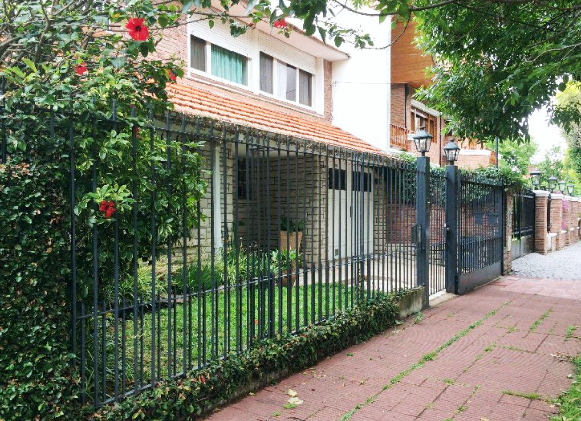 Foto Casa en Alquiler temporario en  Mart.-Vias/Libert.,  Martinez  MUÑIZ AL 600