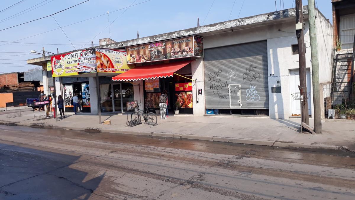 Foto Local en Venta en  Florencio Varela,  Florencio Varela  PEDRO MORAN AL 300