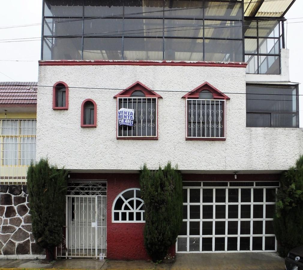 Foto Casa en Venta en  Celanese,  Toluca  Casa en RENTA o VENTA Col. Celenese, San Lorenzo Tepaltitlan