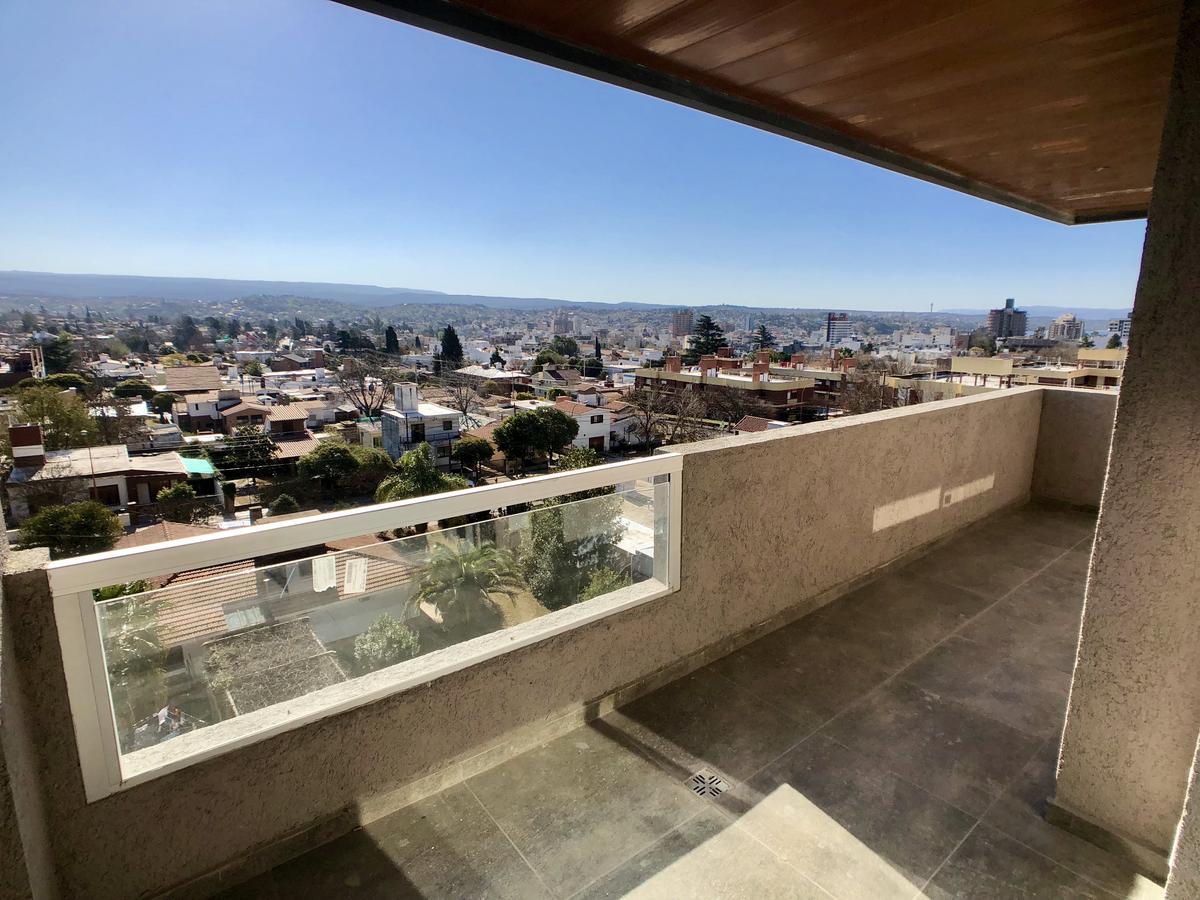 Foto Departamento en Venta en  Villa Carlos Paz,  Punilla  Av. Ramón J. Cárcano al 400