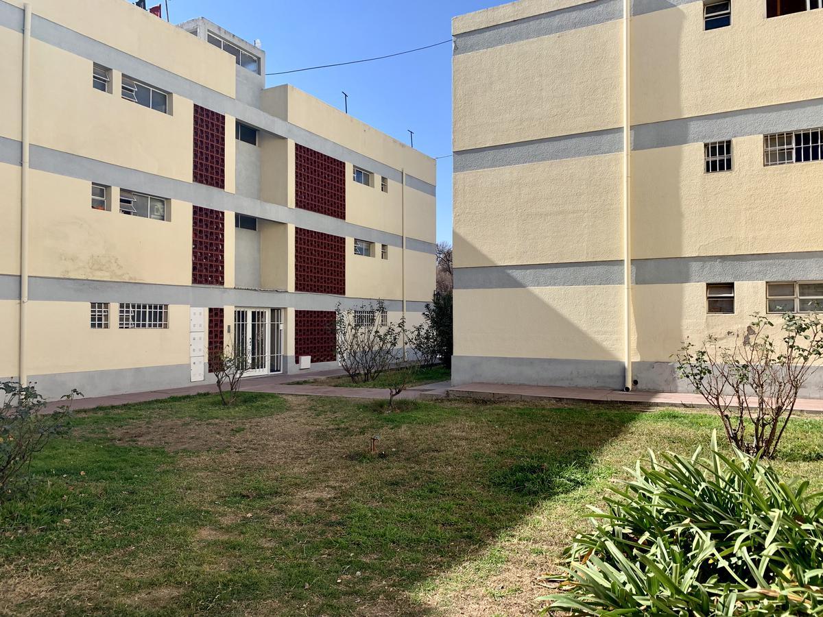 Foto Departamento en Venta en  Capital ,  Mendoza  España 2248