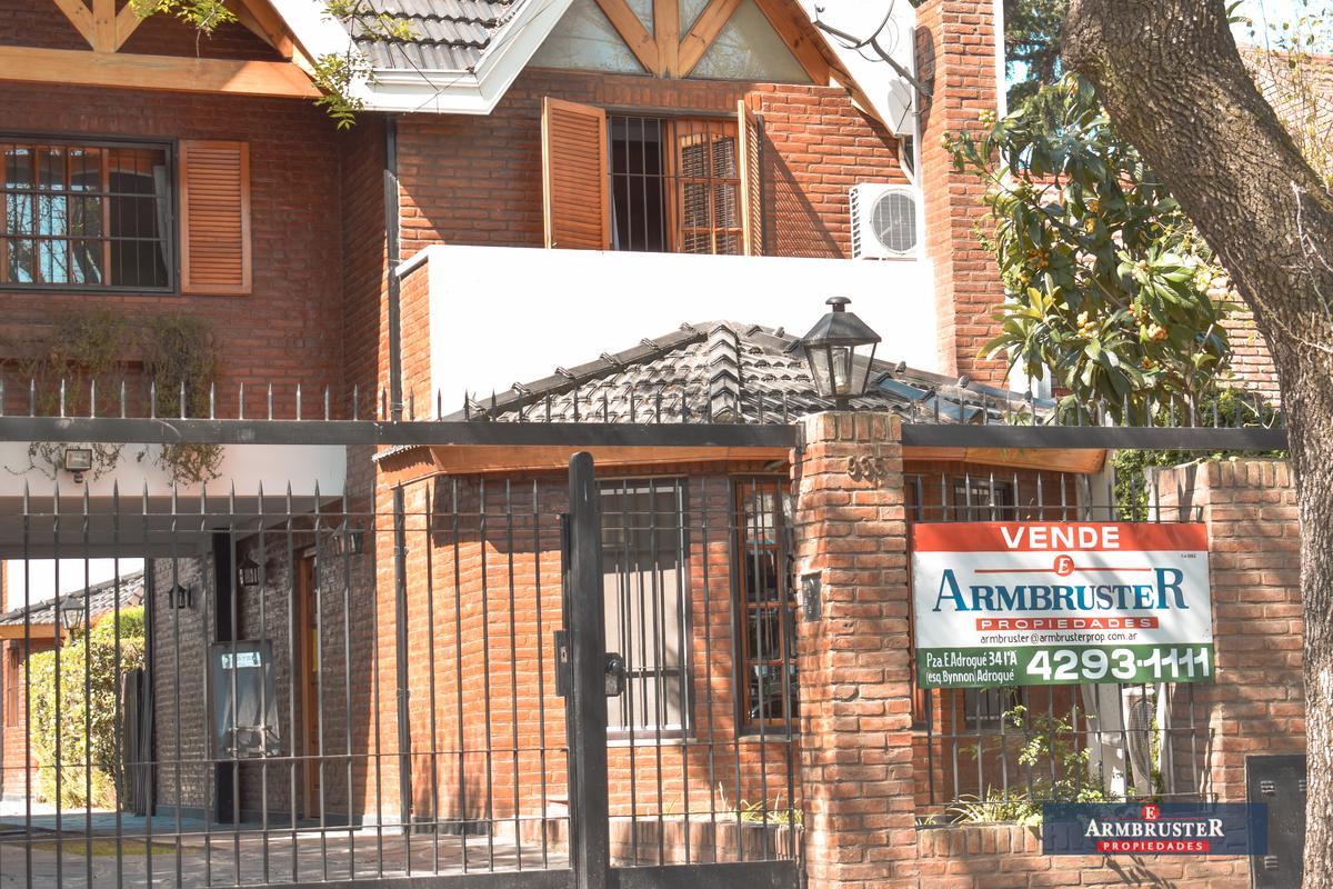 Foto Departamento en Venta en  Adrogue,  Almirante Brown  Erezcano 935