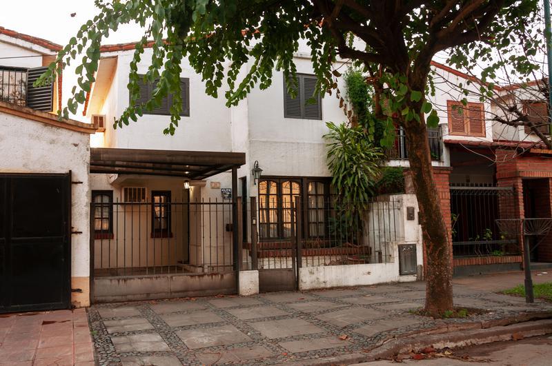 Foto Casa en Venta en  San Miguel De Tucumán,  Capital  Diego de Rojas (Alt. Mate de Luna 3300)