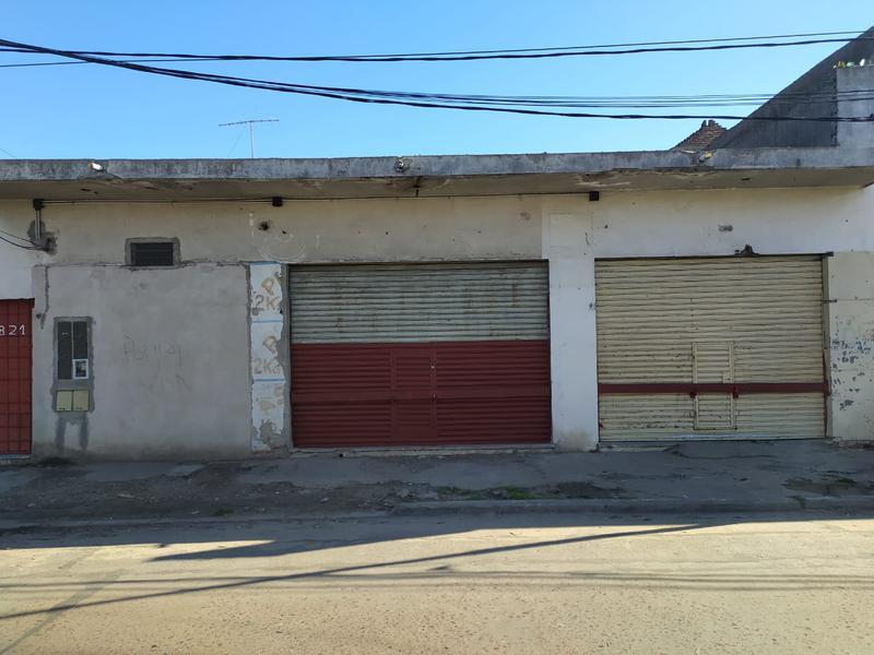 Foto Local en Alquiler | Venta en  B.San Alberto,  Isidro Casanova  Cristiania al 4800