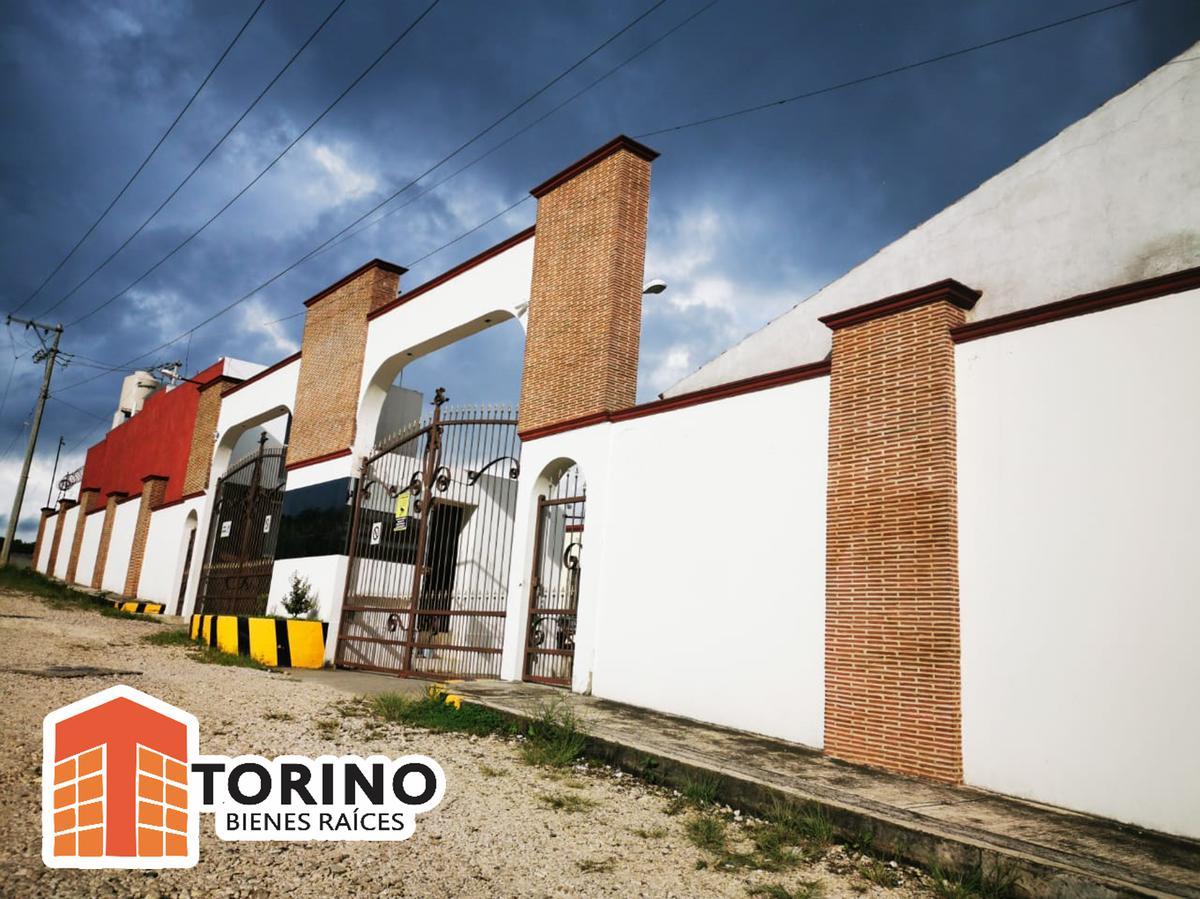 Foto Casa en Venta en  Coatepec ,  Veracruz  CASA DE UN NIVEL EN FRACCIONAMIENTO ENCANTO MUY CERCA DE LA COCA, COATEPEC VER.