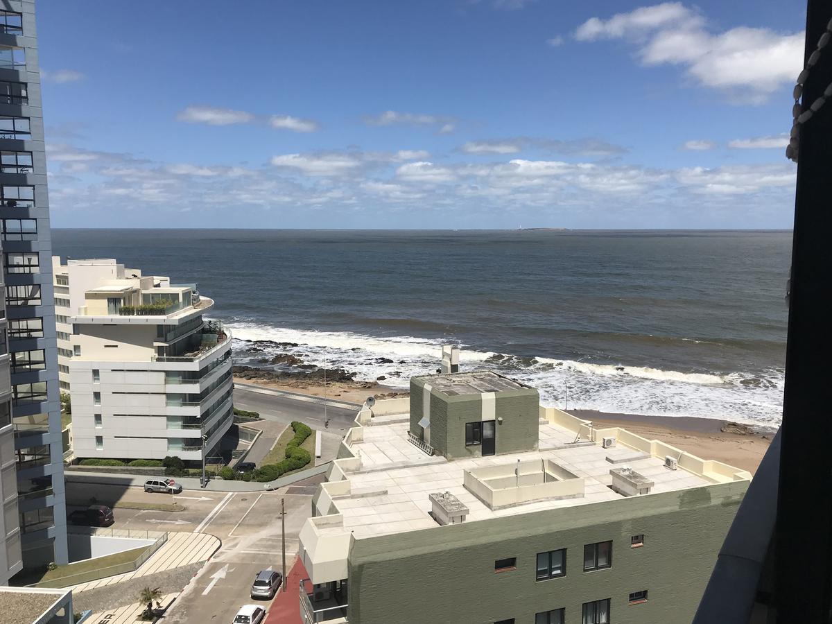 Foto Apartamento en Venta en  Península,  Punta del Este  Edificio Lafayette