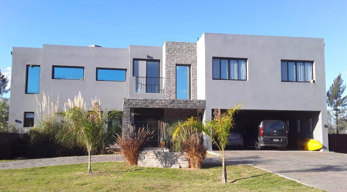 Foto Casa en Venta en  San Matias,  Countries/B.Cerrado (Escobar)  Area 5 900