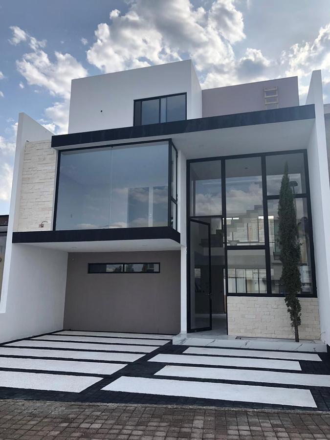 Foto Casa en Venta en  Fraccionamiento Cumbres del Lago,  Querétaro  Condesa de Querétaro 3