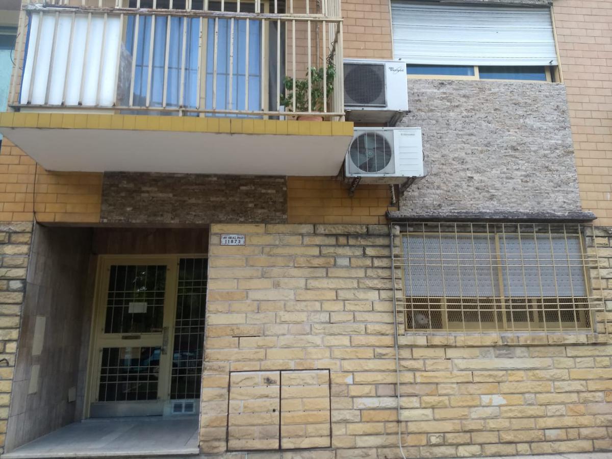 Foto Departamento en Venta en  Lomas Del Mirador,  La Matanza  AVENIDA GENERAL PAZ al 11800