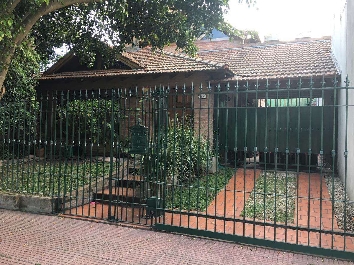 Foto Casa en Venta en  Victoria,  San Fernando  VELEZ SARFIELD 2931