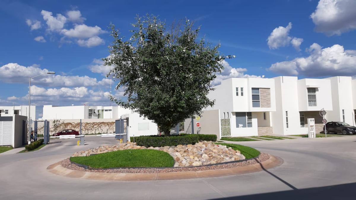 Foto Casa en Venta | Renta en  Villa de Pozos,  San Luis Potosí  Paseo del Cedral 211, Puerta Natura, San Luis Potosí, S.L.P.
