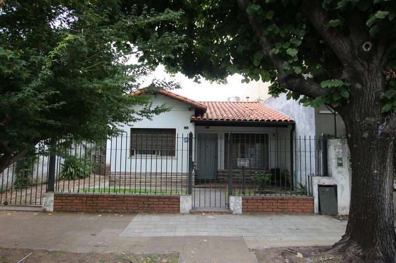 Foto Casa en Venta en  Mart.-Santa Fe/Fleming,  Martinez  PUEYRREDON P. al 1100