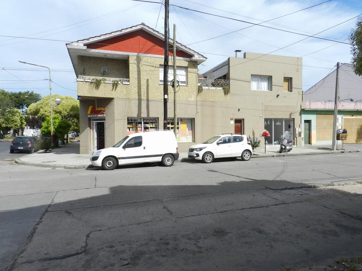 Foto Local en Alquiler en  San Jose,  Mar Del Plata  20 de Septiembre al 3400