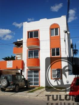 Foto Edificio Comercial en Venta en  Solidaridad ,  Quintana Roo  Edificio Calle 4 Playa del Carmen