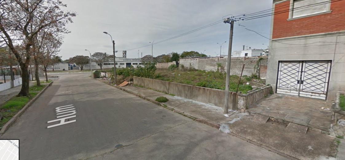 Foto Terreno en Alquiler en  Cerrito ,  Montevideo  Gral. Flores y Hum