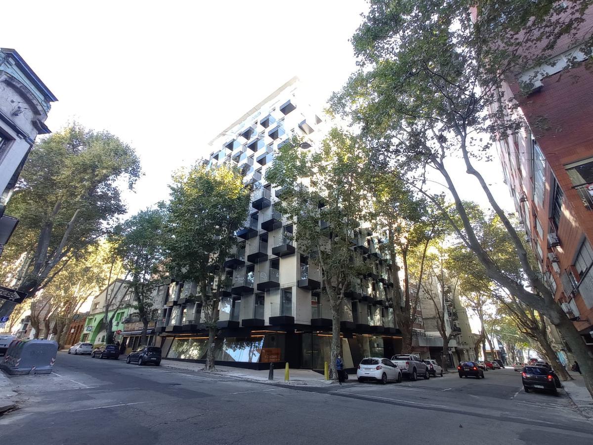 Foto Departamento en Alquiler en  Centro (Montevideo),  Montevideo  Canelones y Convención, Alma Corso de Ott, estrena !!