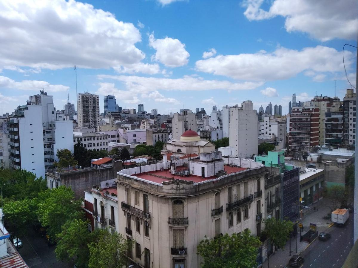 Foto Departamento en Venta en  Monserrat,  Centro (Capital Federal)  Av. San Juan al 1400