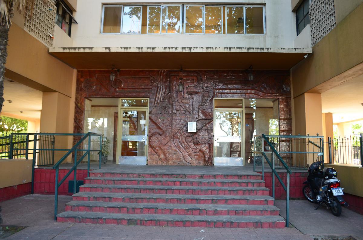 Foto Departamento en Venta en  Barrio Norte,  La Plata  Departamento en venta, 2 dorm. en Diag. 80 y  41