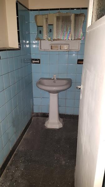 Foto Local en Alquiler en  Moreno,  Moreno  Local Fte. Hospital - Av. Libertador esq. Carlos Pellegrini - lado norte