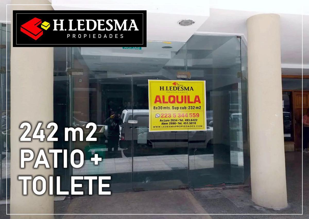 Foto Local en Alquiler en  Centro,  Mar Del Plata  CORRIENTES 1600