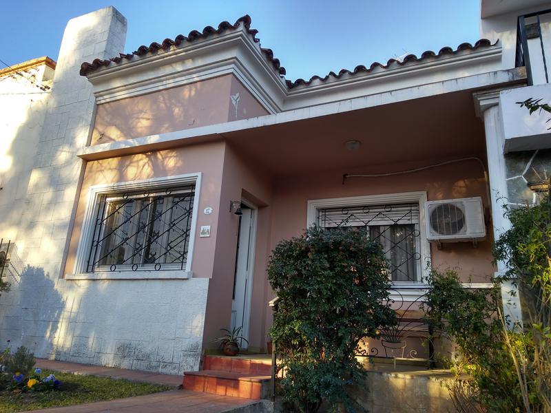 Foto Casa en Venta en  Alta Gracia,  Santa Maria  1 Cuadra del Tajamar - Simpática casa Bº Poluyan  ( el alto)
