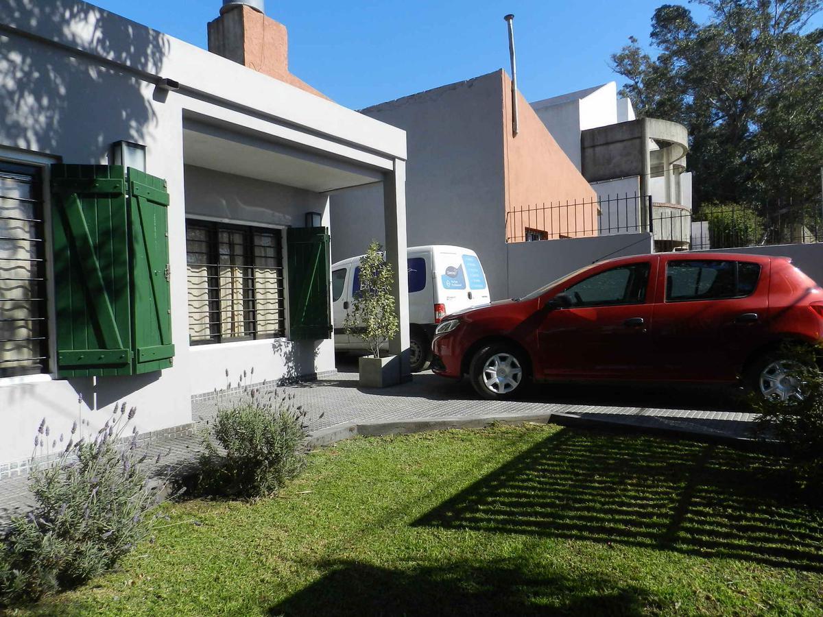 Foto Casa en Venta en  Mar Del Plata ,  Costa Atlantica  Benito Lynch al 2500