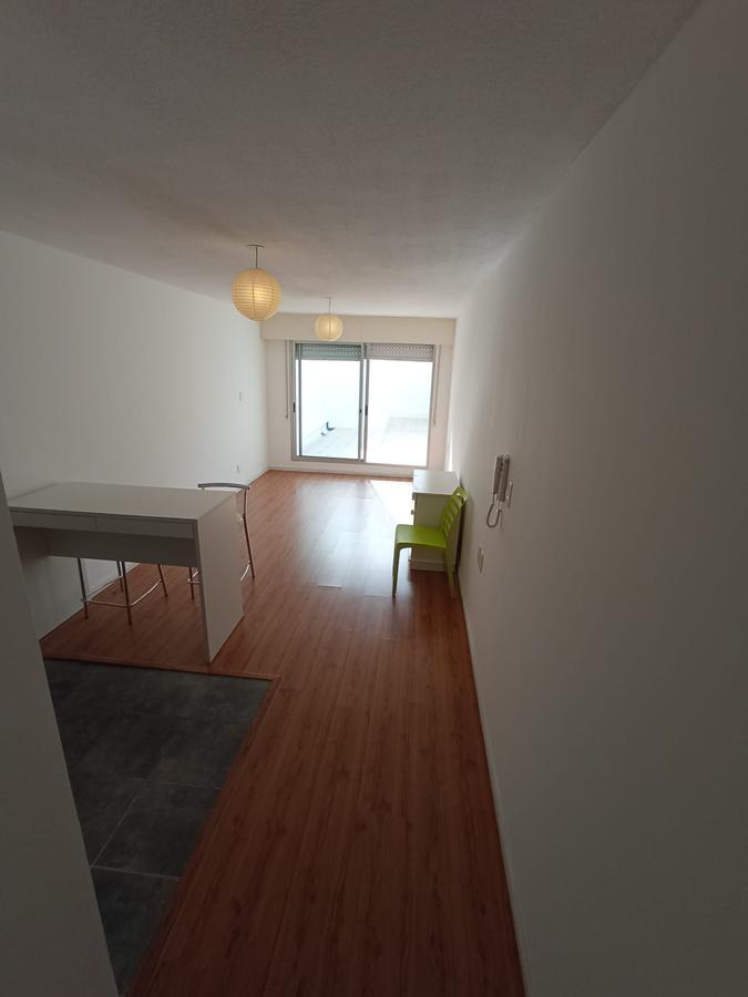 Foto Apartamento en Alquiler en  Pocitos ,  Montevideo  Barreiro y 26  de marzo