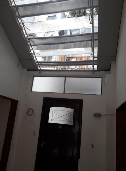 Foto PH en Venta en  Monserrat,  Centro  Hipólito Yrigoyen al 1400