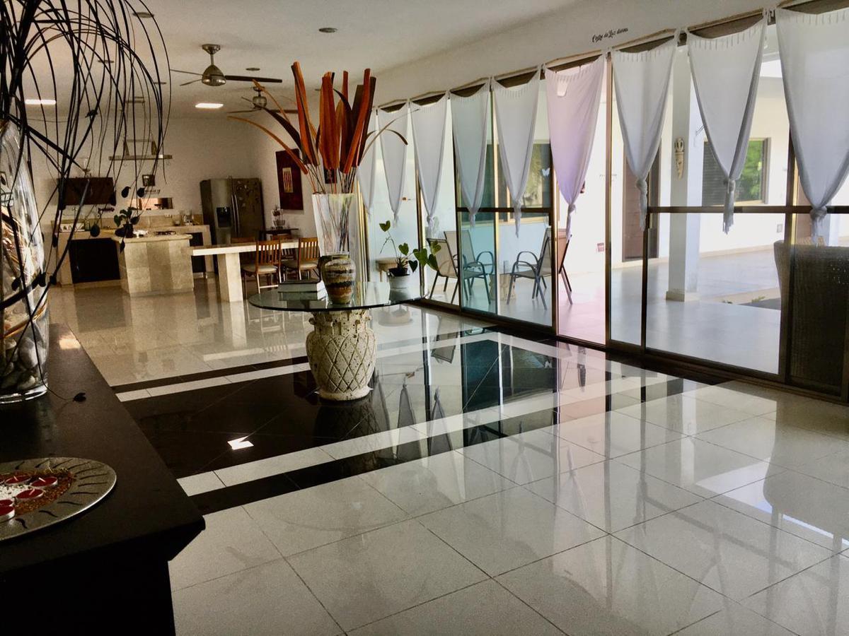 Foto Casa en Venta en  Benito Juárez,  Altar  Col. Doctores. Amplia y cómoda casa en Renta o Venta  de 4 recámaras, una planta en  Terreno muy grande. smz 307. CANCUN Q.ROO