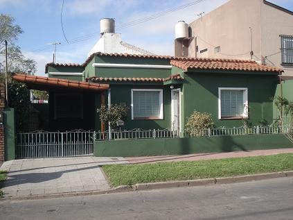 Foto Casa en Alquiler en  Adrogue,  Almirante Brown  QUINTANA 997, Entre Grl Paz y  Rosales