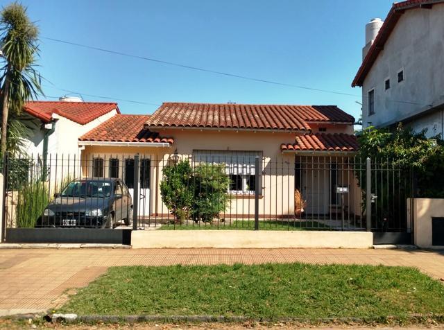 Foto Casa en Venta en  Temperley Este,  Temperley  Juncal Nº al 400