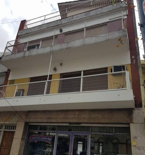 Foto PH en Venta en  Liniers ,  Capital Federal  Emilio Castro al 7100