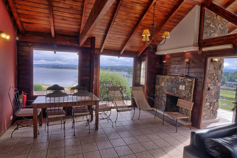 Foto Casa en Venta en  Villa Ciudad De America,  Santa Maria  Casa de Troncos - Valle Azul Lago Los Molinos