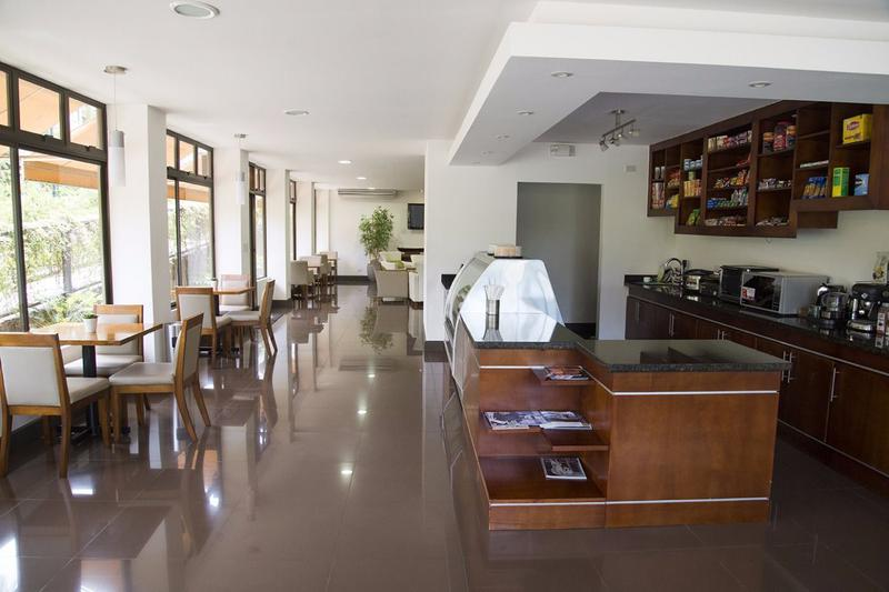 Foto Departamento en Renta en  Pozos,  Santa Ana  Apartamento Amueblado con Jardín/ Pisina/ Gimnasio