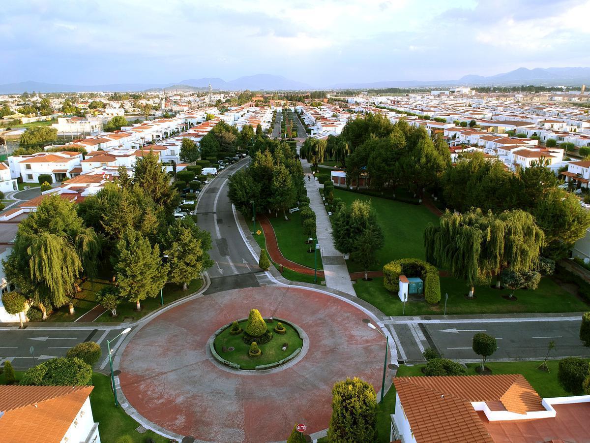 Foto Casa en Venta en  Lázaro Cárdenas,  Metepec  El Castaño