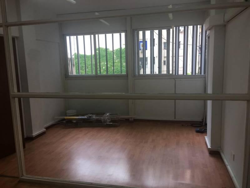 Foto Oficina en Alquiler en  Microcentro,  Centro (Capital Federal)  Cerrito al 1000
