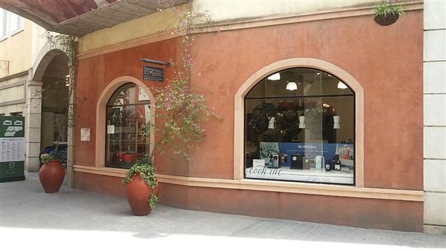 Foto Local en Venta en  Canning,  Ezeiza  Local en venta : Canning :: Plaza Canning