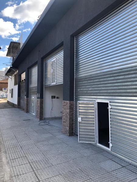 Foto Local en Alquiler en  San Miguel,  San Miguel  Serrano e/ Belgrano y Charlone