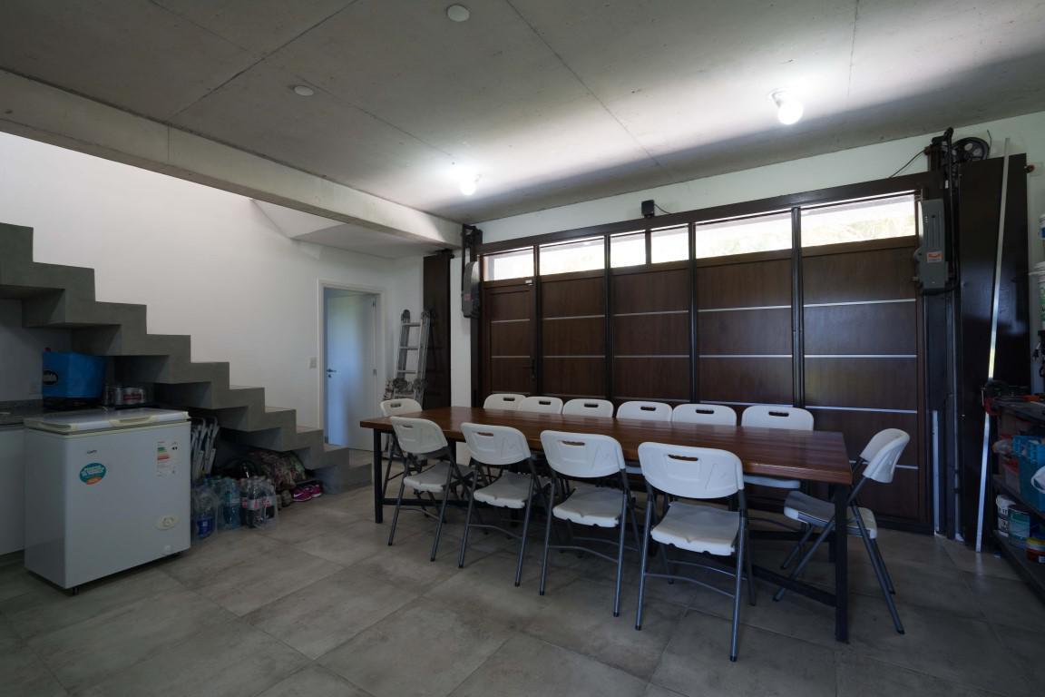 Foto Casa en Alquiler temporario en  La Herradura,  Pinamar  De la Cincha 315