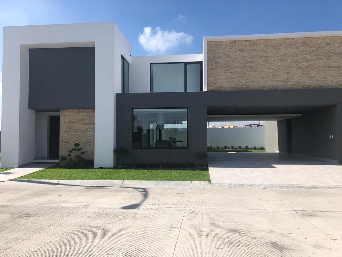 Foto Casa en condominio en Venta en  Metepec ,  Edo. de México  Metepec