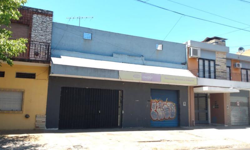Foto Local en Venta en  Ituzaingó,  Ituzaingó  Defilippi al 800